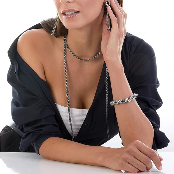 Collana in argento brunito