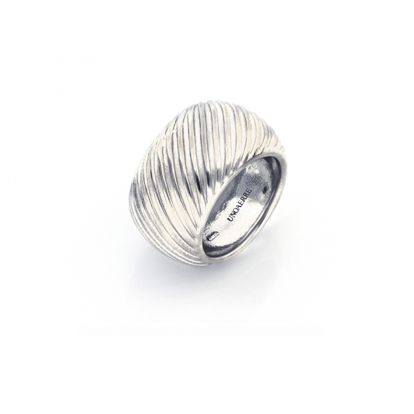 White silver maxi band ring